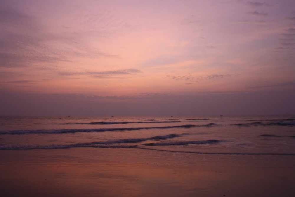 beach sun set.jpg