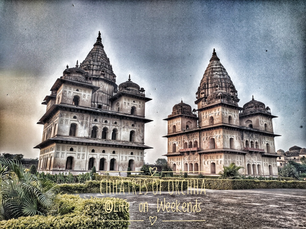 Chhatris, Orchha @Life on Weekends